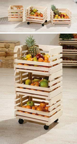 cesta hecha con cajas de frutas