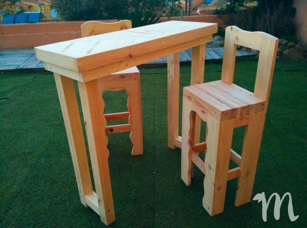 Mesa de comedor alta hecha con madera de palets - necochea