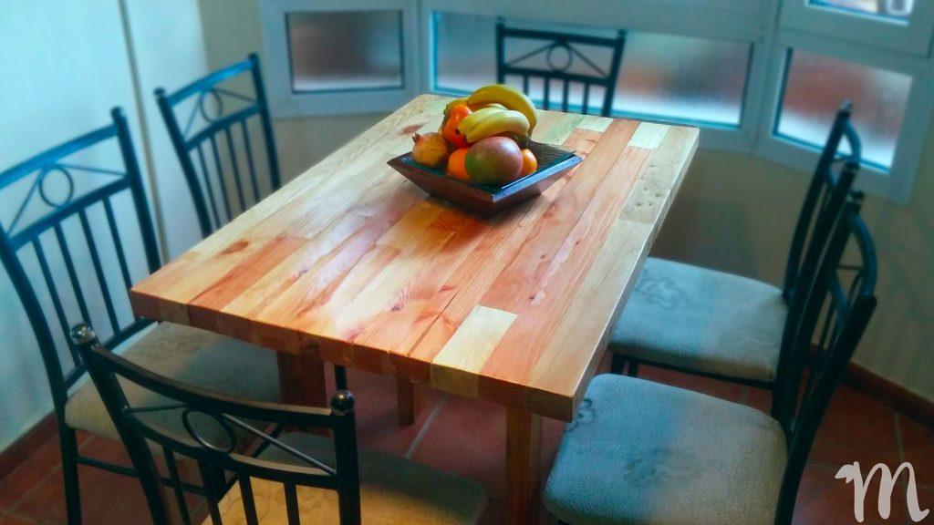 mesa rustica con palet