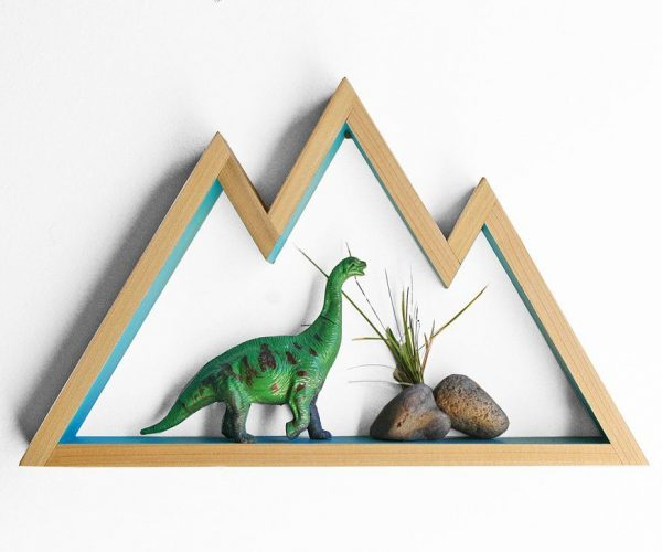 estanteria de palet con forma de montaña