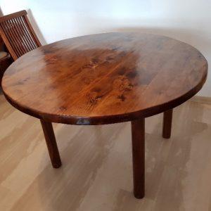 mesa de comedor de palets circular color caoba