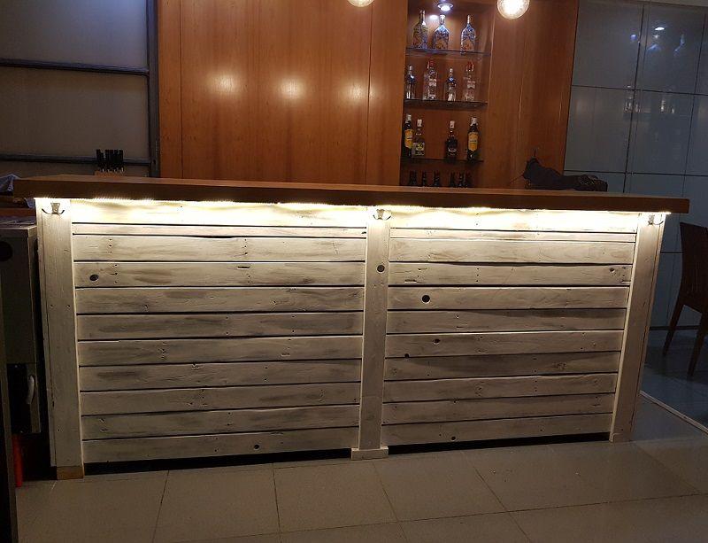 barra de bar con palets