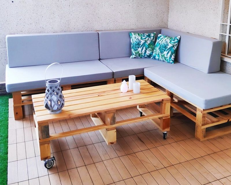 sofa con palets para terraza
